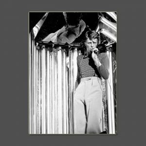 03 Diamond Tour 1974 - David Bowie Photo Exclusive - Signed by the Legendary Rock Photographer John Rowlands for the blackstar.STUDIO