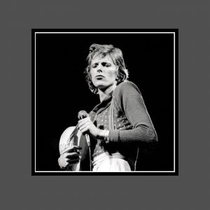 06 Diamond Dogs Tour 1974 - David Bowie Photo Exclusive - Signed by the Legendary Rock Photographer John Rowlands for the blackstar.STUDIO